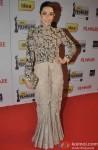 Karisma Kapoor walks the Red Carpet of 'Filmfare Awards 2014'
