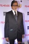 Amitabh Bachchan walks the Red Carpet of 'Filmfare Awards 2014'