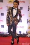 Ranveer Singh walks the Red Carpet of 'Filmfare Awards 2014'
