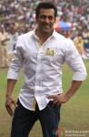 Salman Khan promotes 'Jai Ho' at CCL Match
