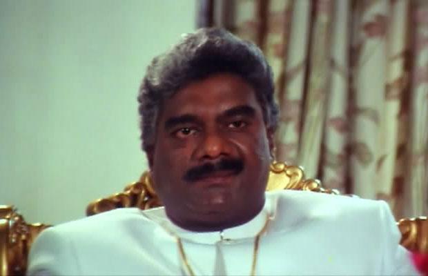Deepak Shirke as a 'Pralaynath Gendaswamy' in a still from movie 'Tirangaa'