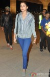 Anushka Sharma leaves for Sri Lanka for 'Bombay Velvet' Pic 1
