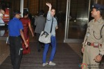 Anushka Sharma leaves for Sri Lanka for 'Bombay Velvet' Pic 3