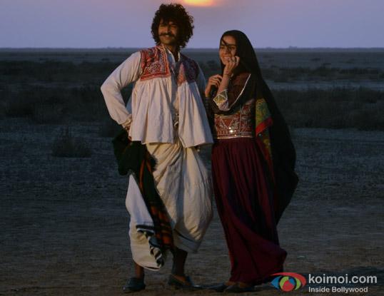 Purab Kohli and Kirti Kulhari in a still from movie 'Jal'