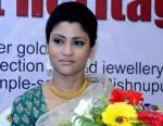 Konkona Sen Sharma Posed For Shuuterbugs In Kolkata Pic 1