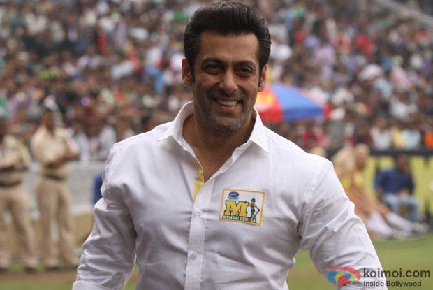 Salman Khan in French beard look for movie 'Kick'