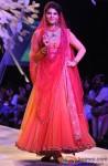 Jacqueline Fernandez walks the ramp at Lakme Fashion Week 2014 Pic 3