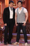 Jeetendra and Tusshar Kapoor On Comedy Nights With Kapil Pic 1