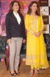 Juhi Chawla and Madhuri Dixit Promote Gulaab Gang in Delhi Pic 1