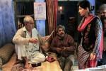 Sanjay Mishra in Ankhon Dekhi Movie Stills Pic 13