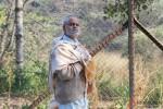 Sanjay Mishra in Ankhon Dekhi Movie Stills Pic 8