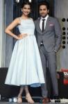 Sonam Kapoor and Ayushmann Khurrana at Bewakoofiyaan's press meet Pic 1