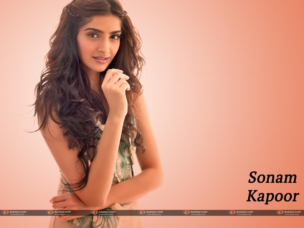 Sonam Kapoor Wallpaper 7
