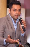 Abhay Deol felicitates UTV Bindass 'B for Change' initiative Pic 1