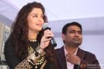 Aishwarya Rai spotted in Delhi at a Jewellery Showroom launch Pic 3