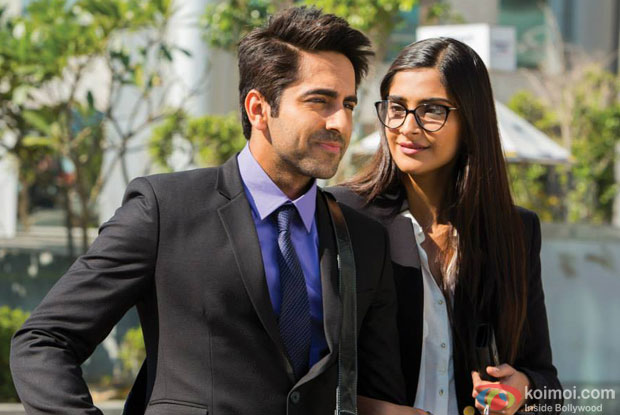 Ayushmann Khurrana and Sonam Kapoor in a still from movie 'Bewakoofiyaan'