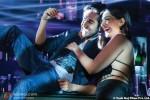 Ayushmann Khurrana and Sonam Kapoor in Bewakoofiyaan Movie Stills Pic 3
