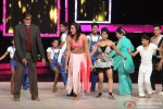 Amitabh Bachchan promotes 'Bhoothnath Returns' on the Sets of India's Got Talent Pic 2