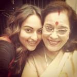 Selfie Time: Sonakshi Sinha and Poonam Sinha