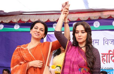 Juhi Chawla and Madhuri Dixit in a still from movie 'Gulaab Gang'