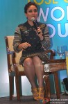 Kareena Kapoor launches book 'Don't Lose Out, Workout' Pic 3