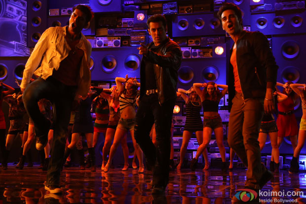 Pulkit Samrat, Salman Khan and Bilal Amrohi still from movie 'O Teri'