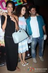 Lisa Haydon, Kangana Ranaut and Vikas Bahl Posed For Cameras During The 'Queen' Film's Screening