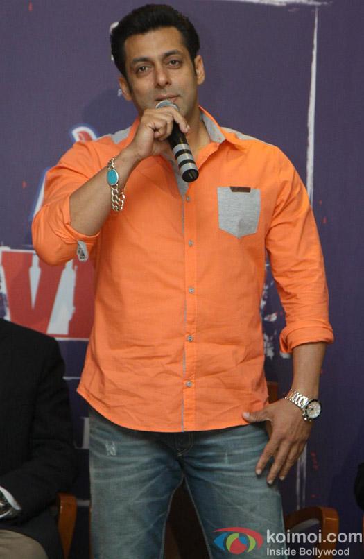Salman Khan promotes 'Veer' campaign Pic 1 | Koimoi