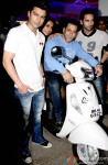 Bilal Amrohi, Sarah Jane Dias, Salman Khan and Pulkit Samrat during the special screening of film 'O Teri'