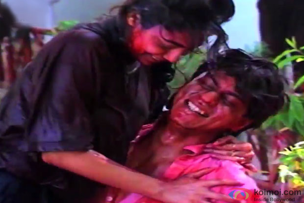 Gauri Khan and Shah Rukh Khan Dance During Holi