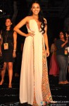 Swara Bhaskar at Manish Malhotra's grand fashion show