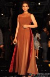 Sonali Bendre at Manish Malhotra's grand fashion show
