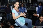 Kangana Ranaut Promote 'Queen' In A Popular Mumbai Lounge Pic 5
