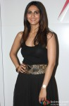 Vaani Kapoor unveils Max Summer 2014 collection Pic 1