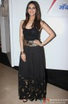 Vaani Kapoor unveils Max Summer 2014 collection Pic 2