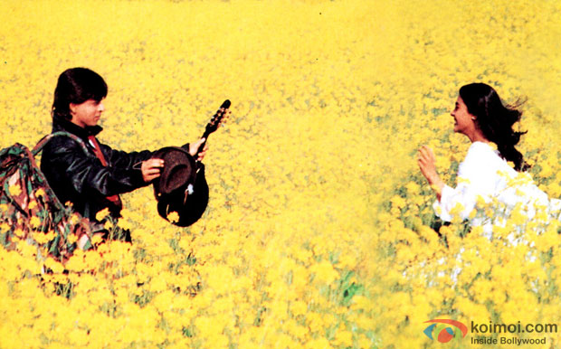 Shah Rukh Khan and Kajol in a still from movie 'Dilwale Dulhania Le Jayenge'