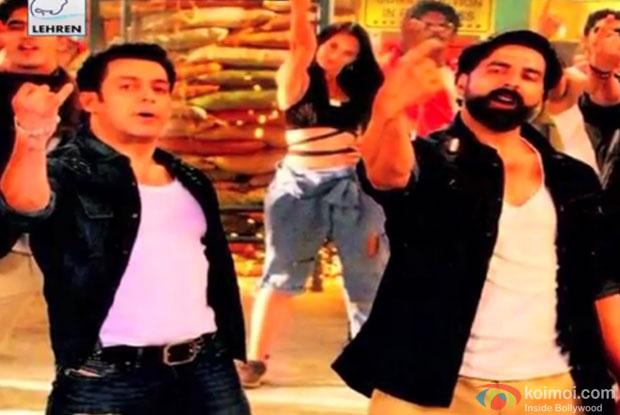 Salman Khan and Akhshay Kumar on the sets of 'Fugly'