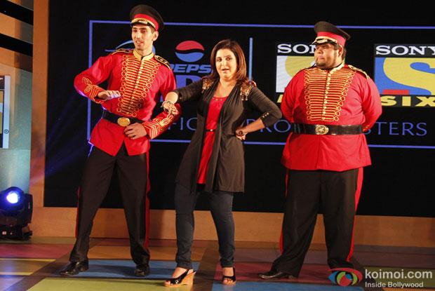 Farah Khan teaches IPL 2013 song 'Dil Jumping Japang'