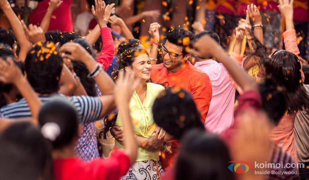 Alia Bhatt and Arjun Kapoor in a still from movie '2 States'