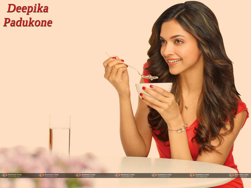 Deepika Padukone Wallpaper 14