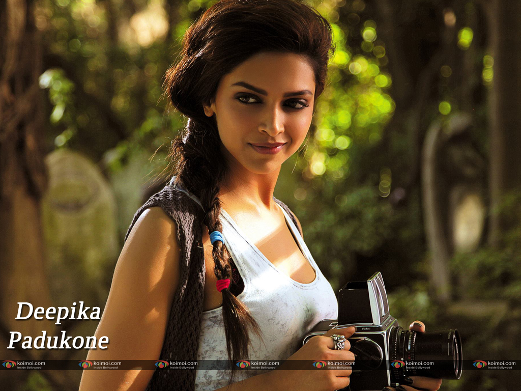 Deepika Padukone Wallpaper 19