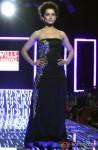 Kangana Ranaut walks the ramp at WIFW 2014 grand finale Pic 1
