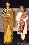 Deepika Padukone and Ustad Amjad Ali Khan at Indian Of The Year Awards ceremony