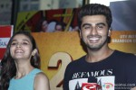 Alia Bhatt and Arjun Kapoor meet viewers of '2 States' in Mumbai's Multiplex Pic 1