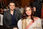 Goldie Behl and Sonali Bendre during the Manish Malhotra's show Men For Mijwan