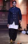 Sidharth Malhotra walks the ramp for Manish Malhotra's Men For Mijwan
