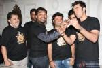 Vikramaditya Motwane, Vijay Singh, Karan Johar, Vikas Bahl, Ranbir Kapoor and Anurag Kashyap at the Bombay Velvet's wrap up party Pic 3