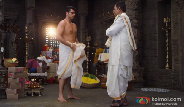 Arjun Kapoor and Shiv Subramaniam in a still from movie '2 States'