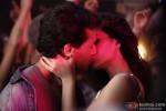 Tiger Shroff and Kriti Sanon in Heropanti Movie Stills Pic 9