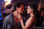 Tiger Shroff and Kriti Sanon in Heropanti Movie Stills Pic 7